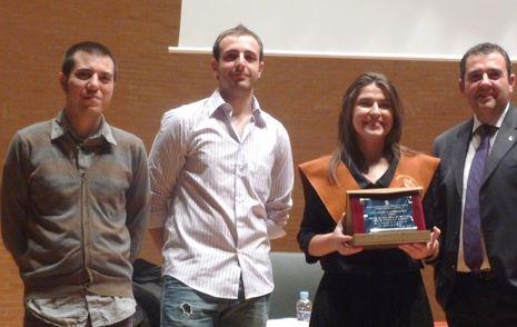 2008. Universidad de Castilla-La Mancha. Mención Honorífica en la formación de alumnos de la Escuela Superior de Ingeniería Informática de Albacete.